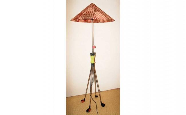 Shank Stehlampe